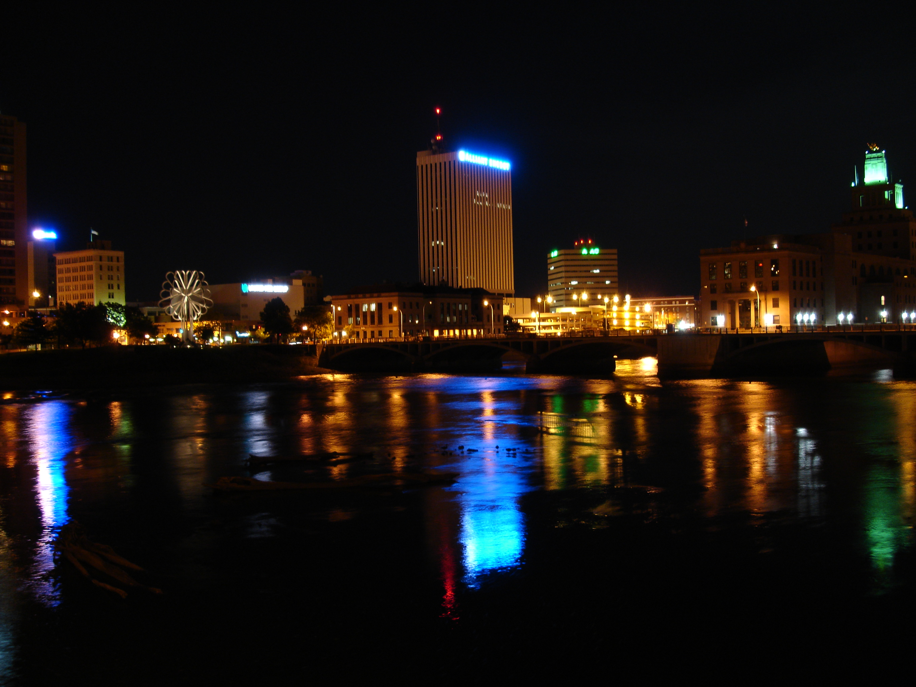 Beautiful cedar rapids skyline downtown cedar rapids